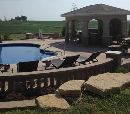 outdoor_pool_deck1434j